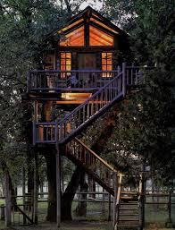 17 gorgeous tree houses that are nicer than your real house tree