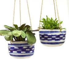hanging planters trade the mark