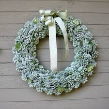 pine cone wreath gorgeous glitter pine cone wreath allfreechristmascrafts