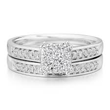 wedding ring sets uk 18ct white gold diamond engagement and wedding ring set 0000214