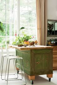 building an island in your kitchen best 25 mobile kitchen island ideas on pinterest kitchen island