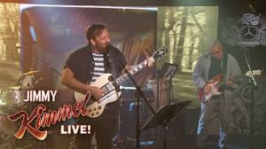 watch dan auerbach performs a pair of new solo tunes on u0027jimmy