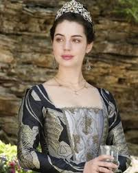 reign cw show hair weave beads adelaide kane as mary queen of scots fell in love with this look