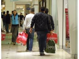 shopping on black friday here s when local malls open
