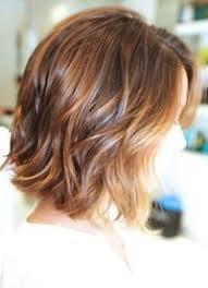 Frisuren Mittellange Haar Dauerwelle by Natürlicher Look Für Mittellanges Haar Mit Wellen Frisur