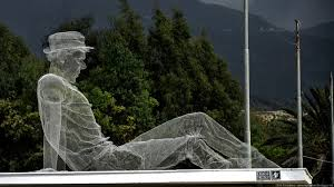 simply creative figurative wire mesh sculptures by edoardo tresoldi