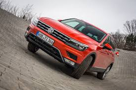 volkswagen tiguan 2016 red new vw tiguan 2016 review auto express
