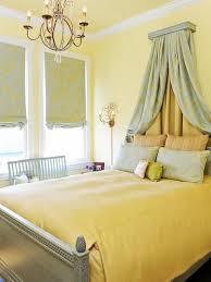15 pleasant yellow bedroom design ideas rilane
