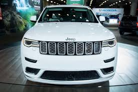 2017 jeep grand cherokee 2017 jeep grand cherokee what u0027s changed news cars com