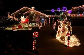best dressed homes light up the town