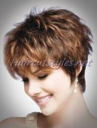 highlighted short layered hairstyle for women over 30 haircut styles