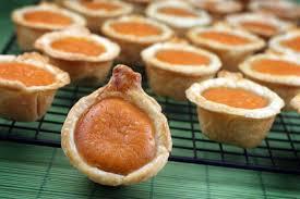 how to make the thanksgiving dessert pumpkin pie bites