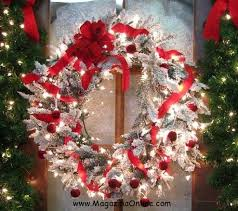 outdoor christmas garland with lights 21 sparkle and creative outdoor christmas decorations votre art