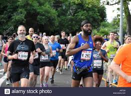 airbnb half marathon 2017 stock photos u0026 airbnb half marathon 2017