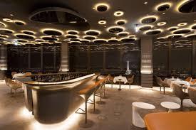 ciel de bar cuisine le ciel de joli restaurant perché sur la tour montparnasse