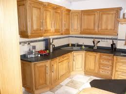 cuisine en chene massif meuble de cuisine en chene idée de modèle de cuisine