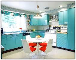 best colour for kitchen cabinets best color kitchen cabinets small home billion estates 101706