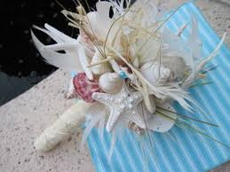 wedding bouquets with seashells go seashell bouquet with silk and lots of sea
