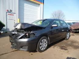 wrecked toyota trucks for sale 2011 toyota camry 85k clear title repairable salvage car for