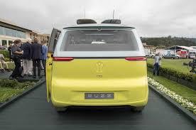 volkswagen concept van volkswagen i d buzz officially going into production by 2022