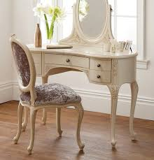 Ivory Painted Bedroom Furniture by 87 Best White Antique Vanity Table Ideas Images On Pinterest