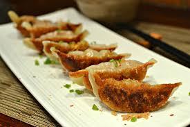 cuisine chinoise porc raviolis chinois grillés au porc guotie la recette faite maison
