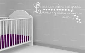 création déco chambre bébé creer deco chambre bebe 8 sticker citation le coeur dun enfant