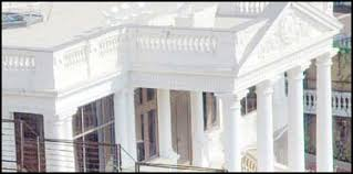 most famous bollywood star houses in mumbai