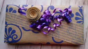 purple gift wrap gift packed wrap free photo on pixabay