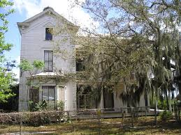 architectural past a beautiful old farm house in sunnyside florida