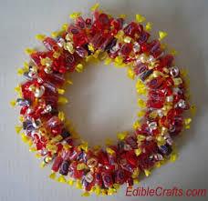 candy wreath diy candy wreath tip junkie