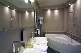 hotel baignoire dans la chambre salle de bain chambre d hotel 1000 images about baignoire