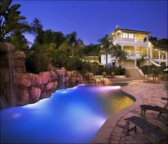 Outdoor Water Features With Lights by Increasing Home Values With 12 Modern House Design Trends Maui