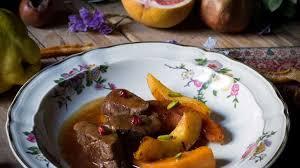 cuisiner la biche tajine de biche aux épices douces recette par renards gourmets