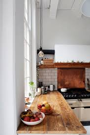 Backsplash For White Kitchen by Best 25 Copper Backsplash Ideas On Pinterest Reclaimed Wood
