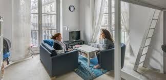 dans un bureau immobilier vivre dans un bureau pour 200 euros un bon plan