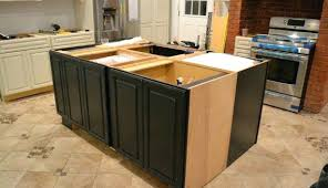 How To Install Kitchen Cabinets Yourself Hang Kitchen Cabinets Faced