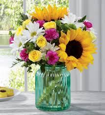 fds flowers colonial florist antiques the ftd sunlit bouquet by