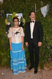 diy couples costumes for halloween that are actually pretty clever