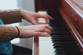 Comment Choisir Un Piano Comment Bien Choisir L U0027activité Culturelle De Votre Enfant
