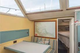 tiny boston houseboat with two bedrooms for sale for 49 000
