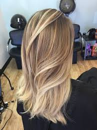 Caramel Hair Color With Honey Blonde Highlights Blonde Hairstyles With Red And Brown Highlights Hair Pinterest
