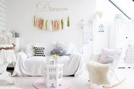 chambre bébé hello une chambre de fille pastel