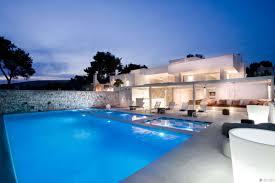 18 spanish villa house plans spanish garden stock photos