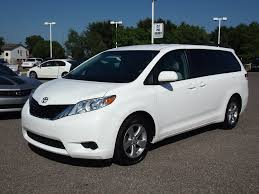 toyota sienna 3 door minivan what to look for when buying