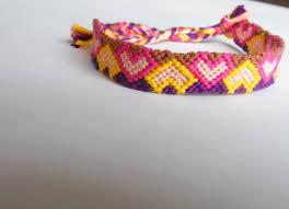 heart bracelet friendship images Handmade heart friendship bracelet par ljknotshop sur etsy jpg