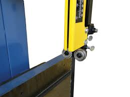 Oliver Table Saw by Arrow Left