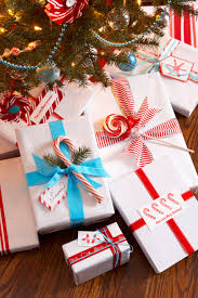 33 unique christmas gift wrapping ideas diy holiday gift wrap