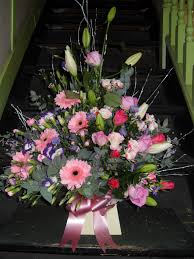 wedding flowers hull flowers in hull same day delivery in hull janet pattison the florist