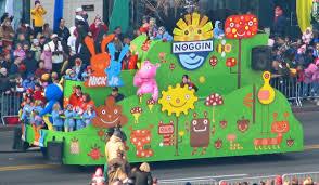 file nickelodeon noggin float at american thanksgiving parade jpg